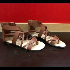 Flat Sandal (Tan)